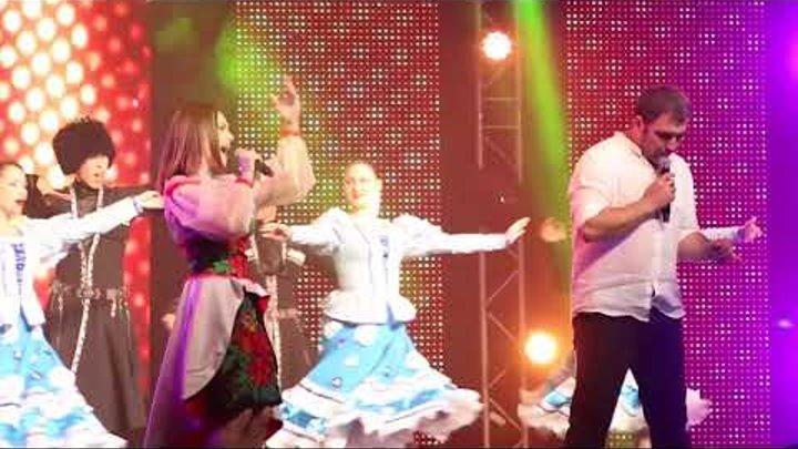 Валико Гаспарян и Евгения Рейзвих - Джинвелой (Девка по саду ходил) полная версия