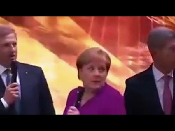 Versuchter Angriff auf Kanzlerin Merkel bei der Automesse in Frankfurt
