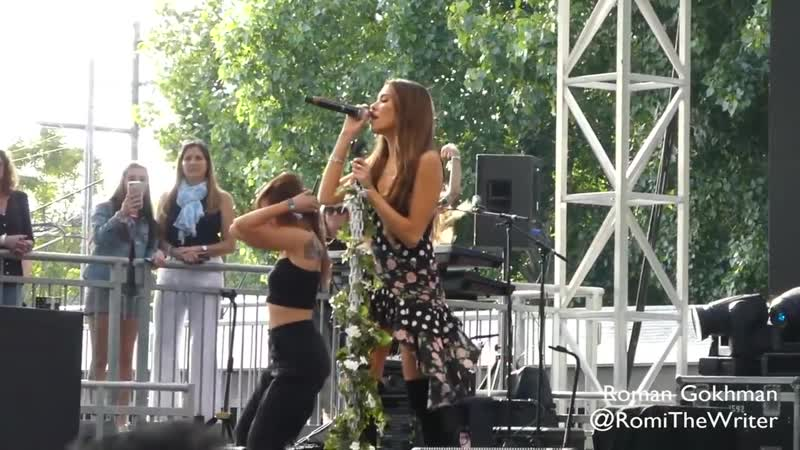 Madison Beer Dead live at BottleRock Music Festival in Napa California may 2019