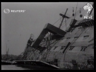 HMS Worcester overturned in the Thames (1948)