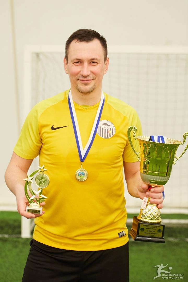 Игорь Казаков (Евгений Нестеров) - чемпион дивизиона Жукова.