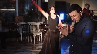 """Сергей Тарасов  """"Эта женщина, увижу и немею"""". Песня о любви под живую гитару. Цыганский певец."""