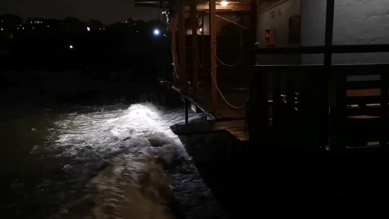 Ночной шторм