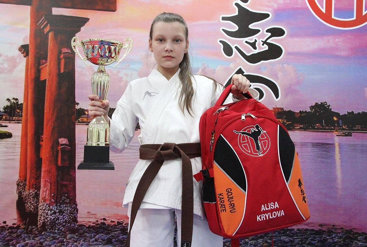 Обязательный атрибут успешного спортсмена – это награды и рюкзачок от BUSHIDO FIGHTBAGS