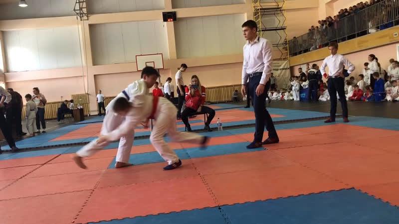 Бубаев Тамир 10 11 лет 40 кг