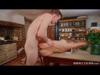 Amber jayne new to nudism [athletic, bald pussy, big dick worship, big tits, blonde, british, cheating, couples fantasies]