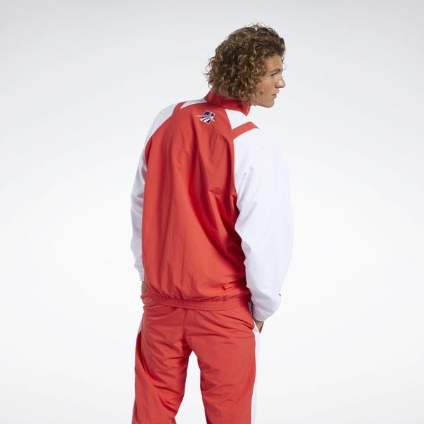 Спортивная куртка Classics Twin Vector image 3