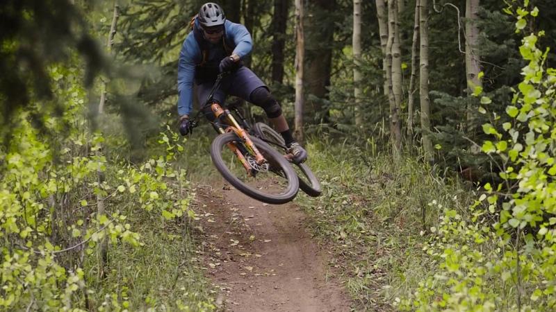 Auf Mountainbike Tour im Wilden Westen: Thomas Vanderham Co testen die Dakine Bikewear Packs