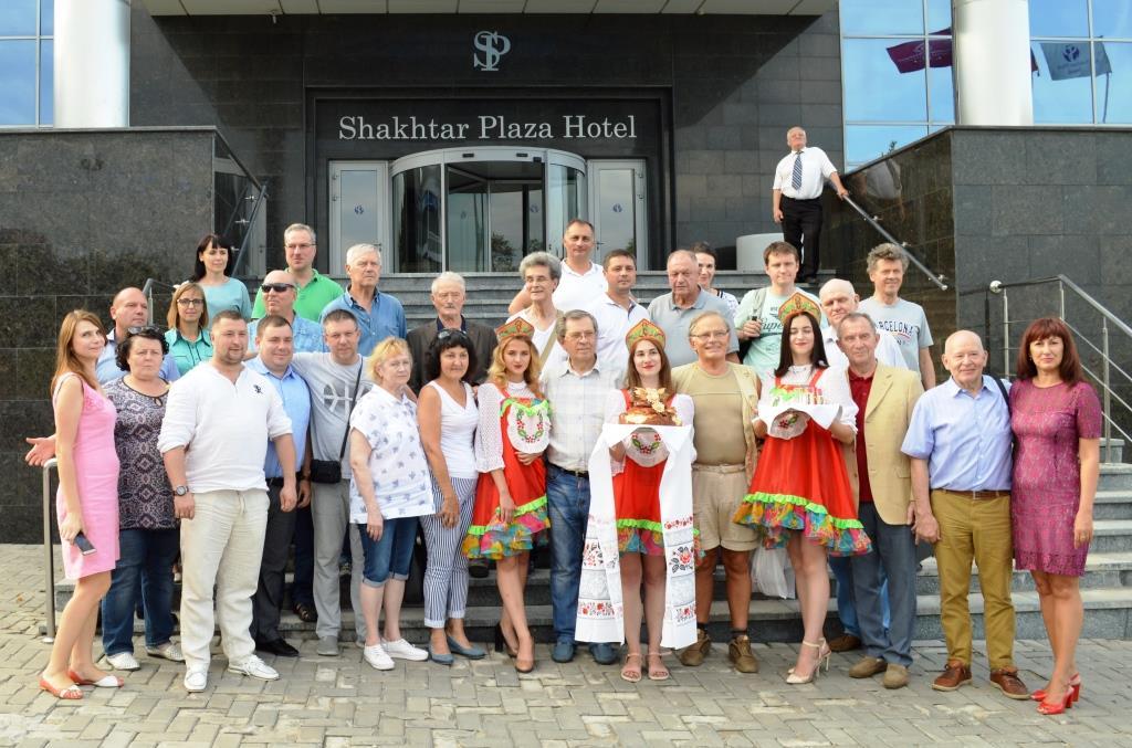Зарубежные делегации приняли участие в праздничных мероприятиях, посвященных 150-летию города Донецка.