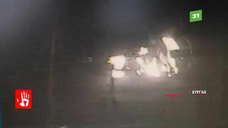 Безумец устроил пожар и спалил 13 новеньких машин прямо у автосалона
