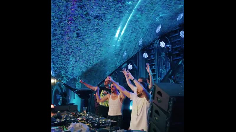 Dimitri Vegas Like Mike vs W W x Fedde Le Grand Clap Your Hands @ Tomorrowland