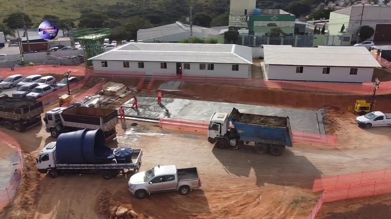 ARENA MRV LAMA SECO OS CAMINHÕES ESTÃO LEVANDO PARA BOTA FORA!