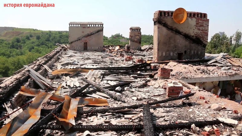 23 июля 2015. Октябрьский. Ukrainian Destruction in Donbass (5) Wrecked Oktoberskiy Apartment Block