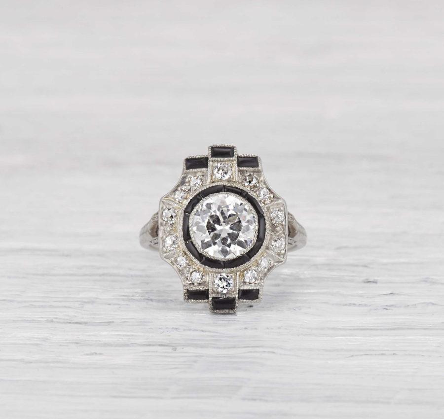 h5mu9hcGjLI - Обручальные кольца в стиле Арт деко