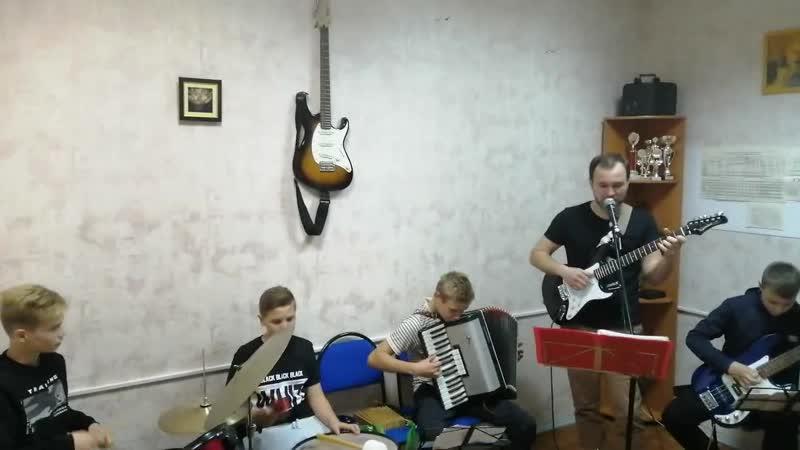 Ансамбль Карамбола песня группы Русская Рать Ой что то мы засиделись братцы
