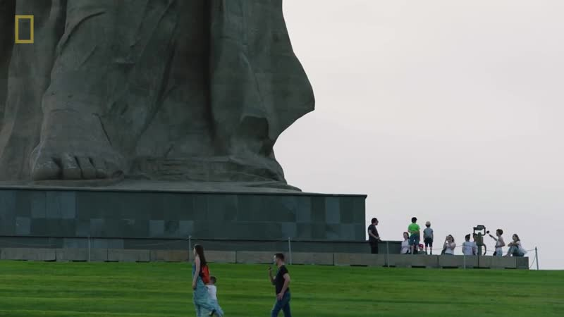 The Story Behind Europes Tallest Statue The Motherland Calls National Geographic
