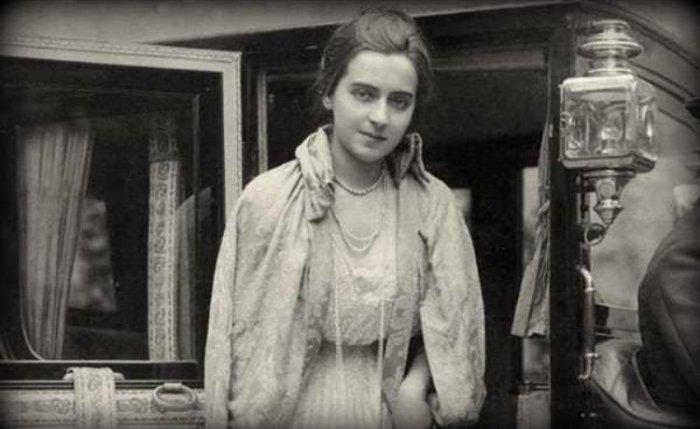 От куртизанки до египетской принцессы и преступницы: Сильная женщина Маргерит Алиберт, изображение №2