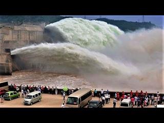 """Зачем Китай построил Гигантскую Плотину """"Три Ущелья"""""""