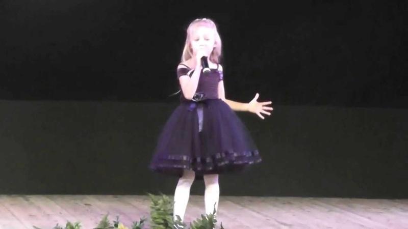 Прятки сл.Н.Шитова муз А.Циплияускас исполняет Виолетта Бондаренко 5 лет.