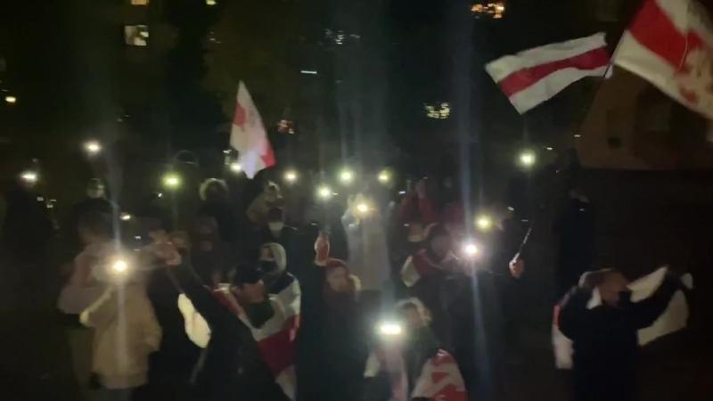 Митинг в микрорайоне Сухарево (Минск) призывающий к забастовке
