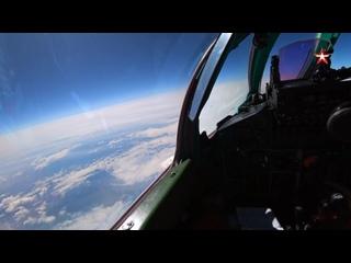 Истребители МиГ31БМ морской авиации Тихоокеанского флота провели тренировку по перехвату в стратосфере (ближнем космосе)