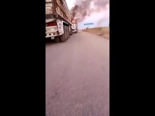 На конвои, которые проводят эвакуацию турецкого гарнизона из поста Морек уже кто-то напал (19 октября 2020) :