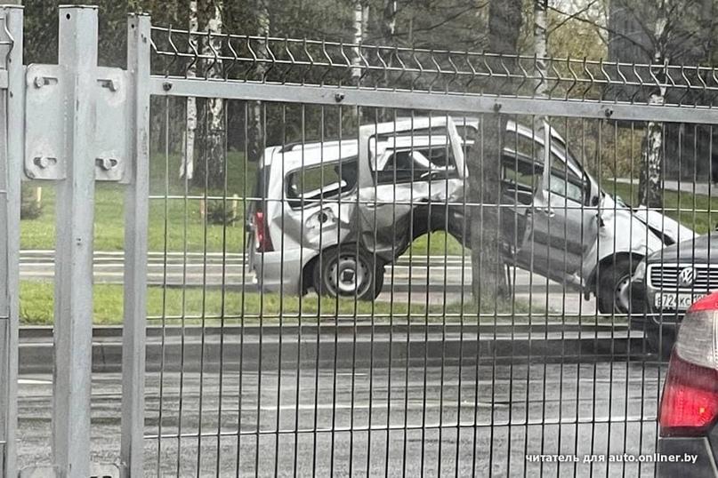 Что случилось с этой Lada Largus?