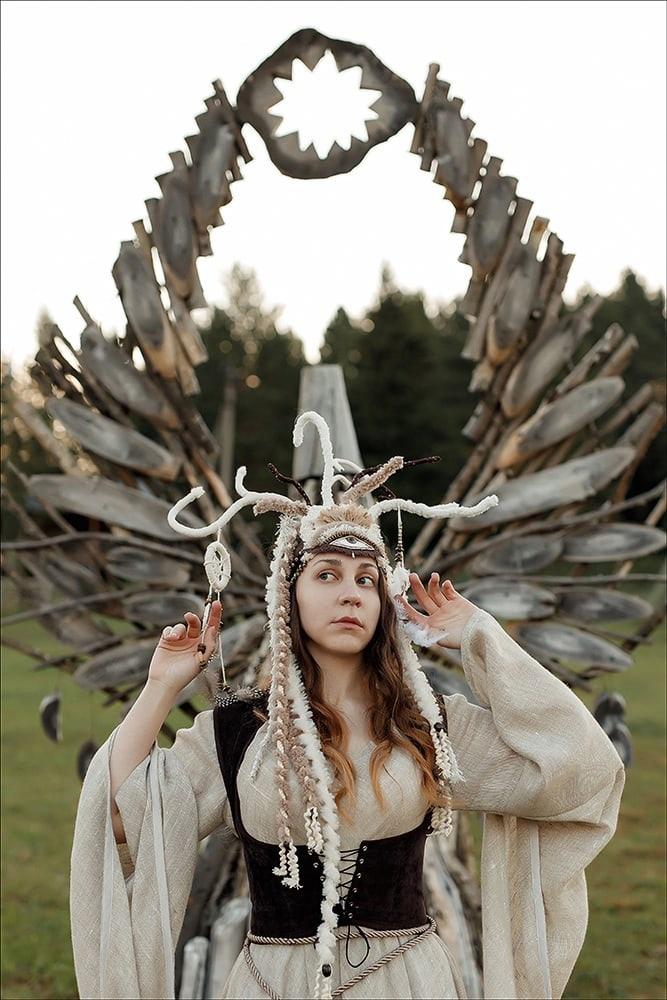 Удивительные костюмы создает жительница Глазова [id357193771 Наталия Микрюкова].Шаманские