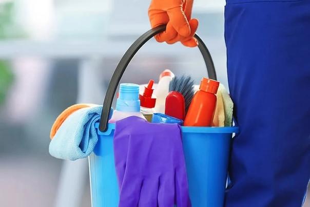 В крупную розничную сеть магазинов требуется уборщ...
