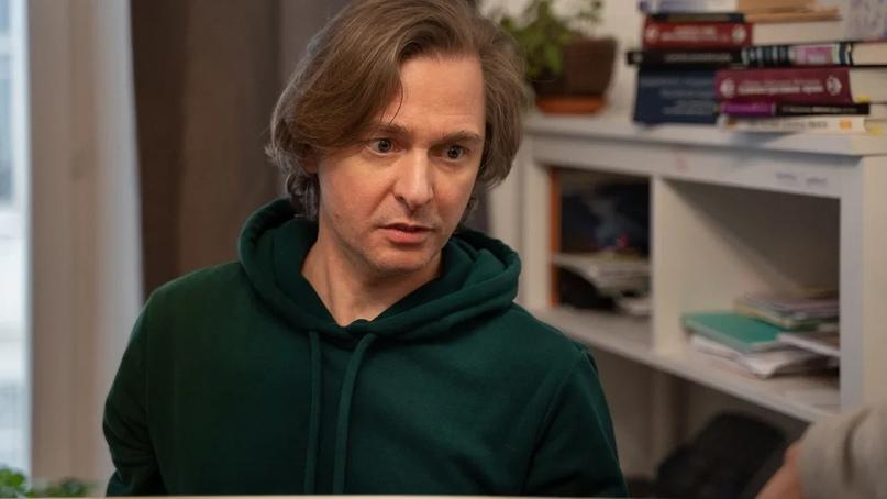 Создатель сериала (автор сценария, режиссер, продюсер, оператор) Олег Кириченко рассказал, что восемь серий длиною в 60 минут снимаются примерно 48-55 дней в режиме нон-стоп по шесть дней в неделю.