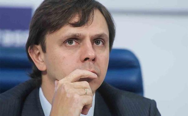Губернатор Клычков загнал себя в политический цуцв...