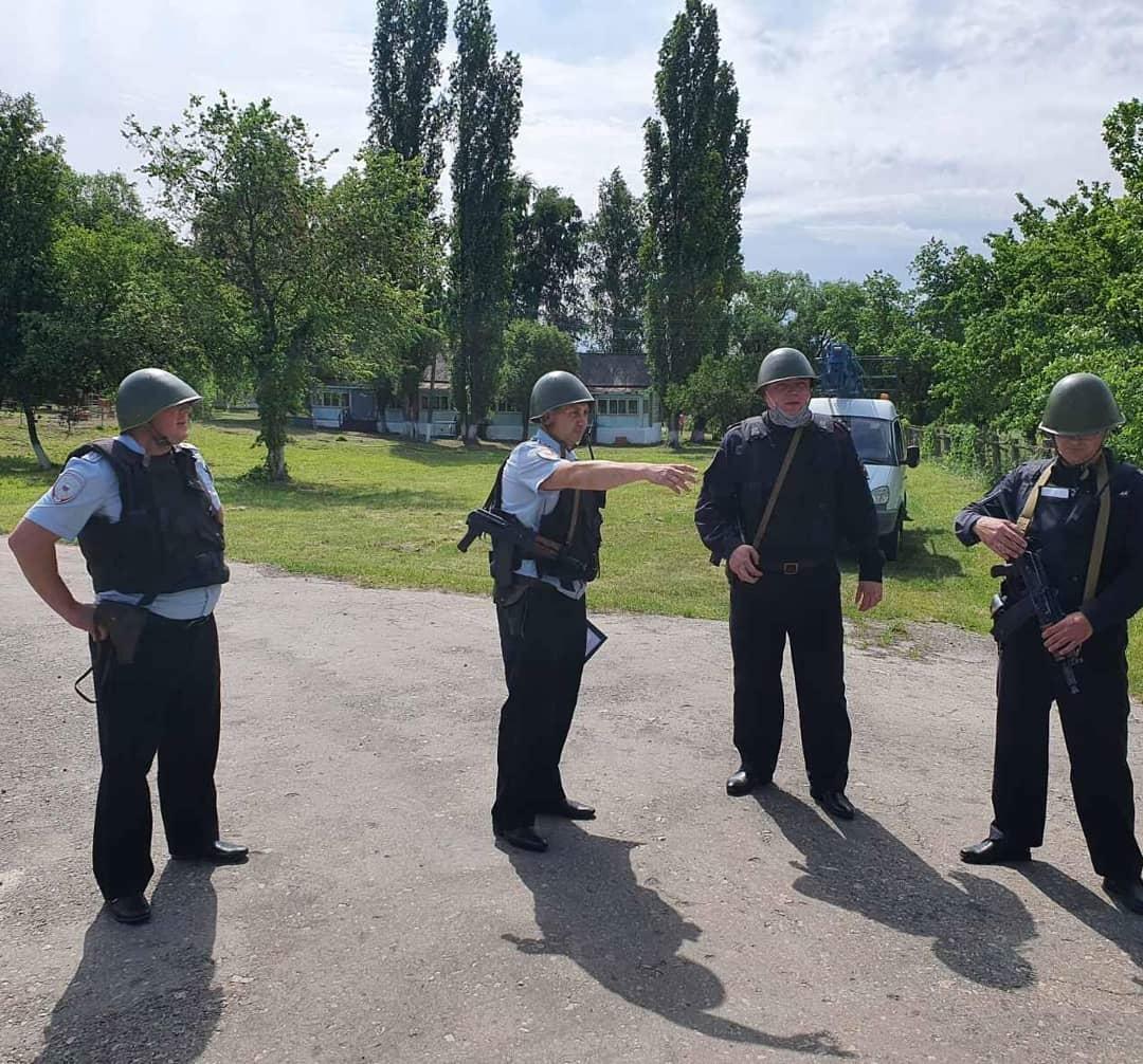 В Петровском районе, в детском оздоровительном загородном лагере имени А. Гайдара, прошла антитеррористическая тренировка