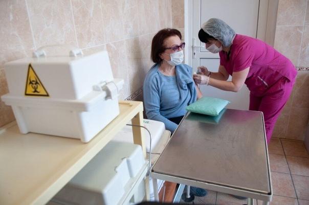 Коронавирус: в Тамбовской области прививку сделали...