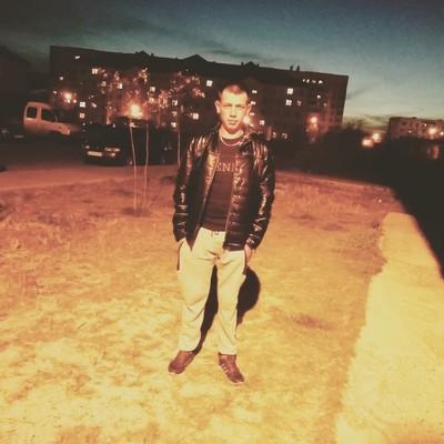 Aleksey, 24, Raduzhny