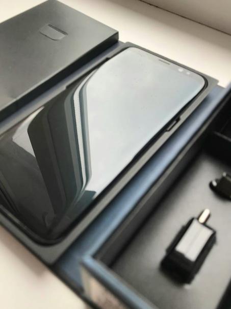 Продаётся Samsung Galaxy S8 с полным комплектом и ...