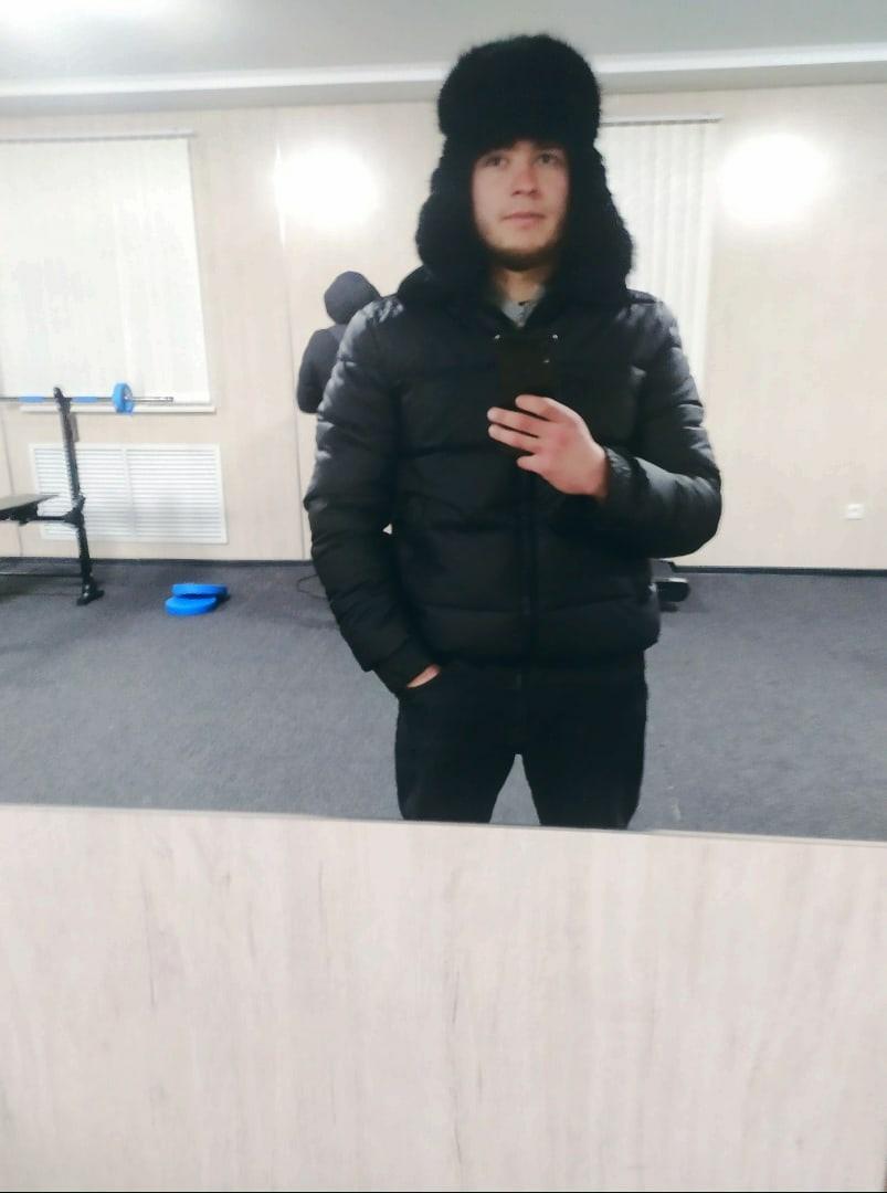 Yuriy, 23, Atbasar