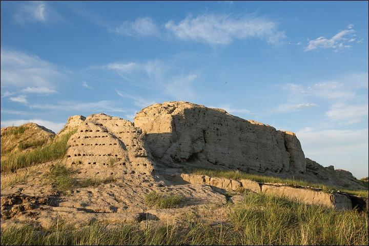 Тайна древней крепости Пор-Бажын, построенной на острове в сибирском озере, изображение №17