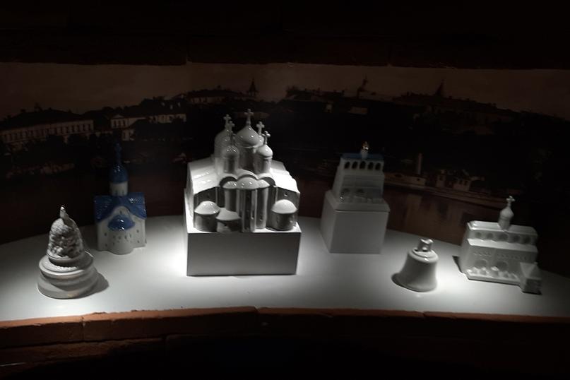 Музейный цех фарфора (фарфоровые церкви и часовни)