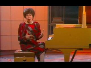 Vera Gornostaeva teaches Schumann Carnaval / Открытый рояль - Вера Горностаева