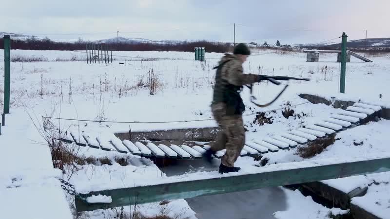 Печенгские мотострелки Северного флота тренеруются на «тропе развед