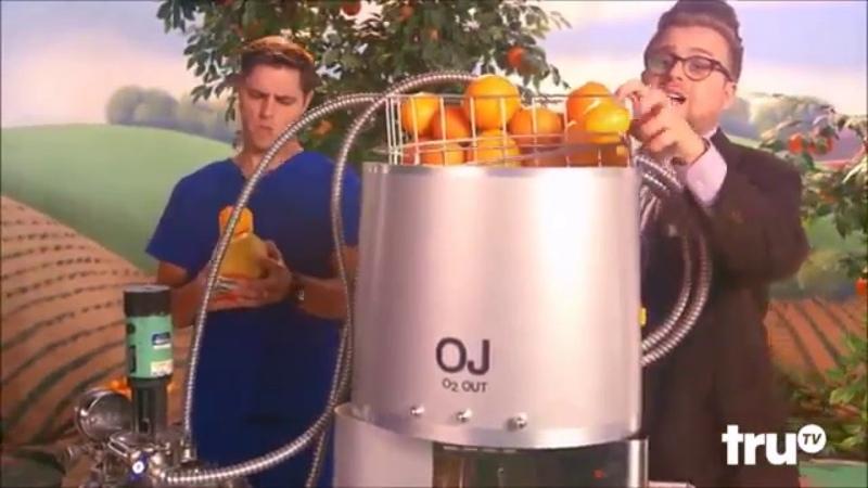Адам портит все\Почему все апельсиновые соки не натуральны
