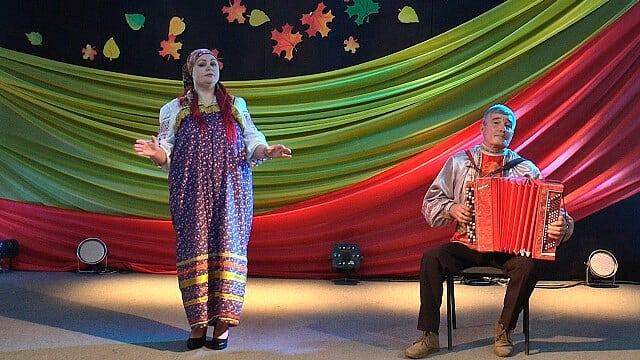 Петровчане участвуют в конкурсе исполнителей русской песни «Поющая Россия»