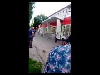 В Воронеже 24-летний полицейский вылетел на машине на тротуар и сбил троих человек