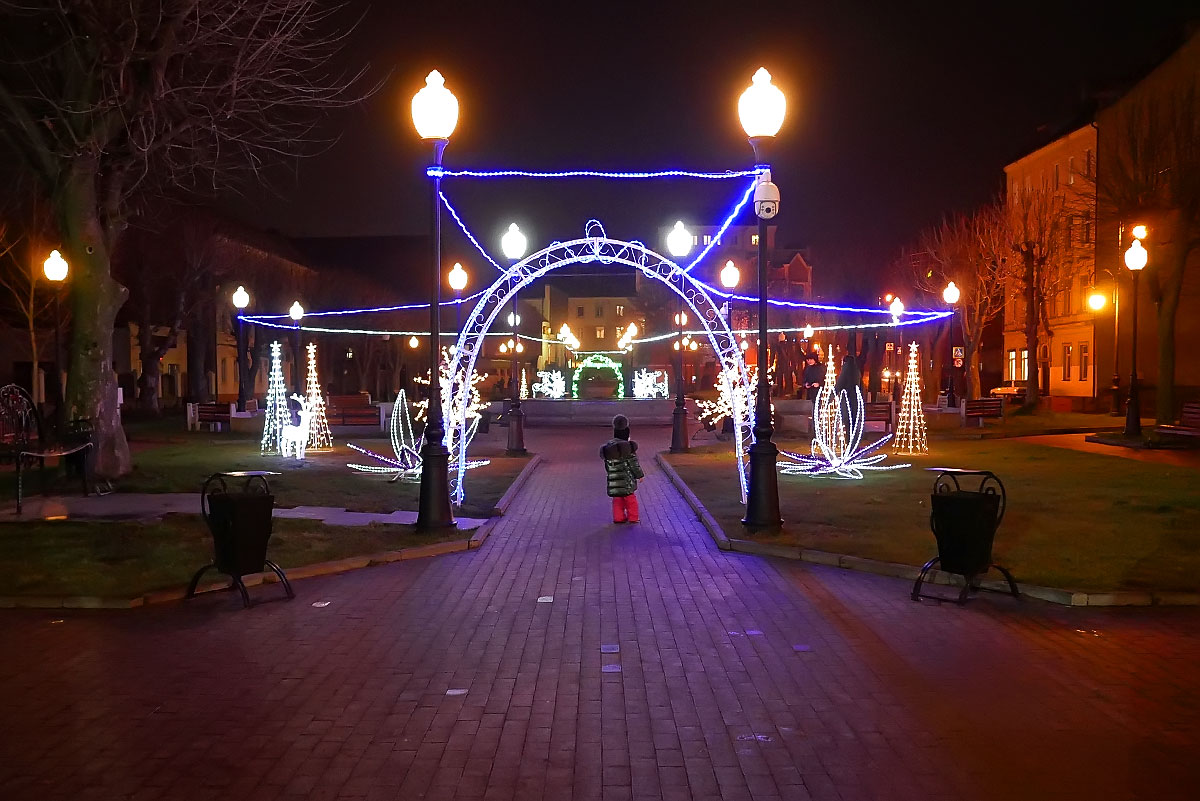 Сквер в центре Черняховска, в январе 2020 г.