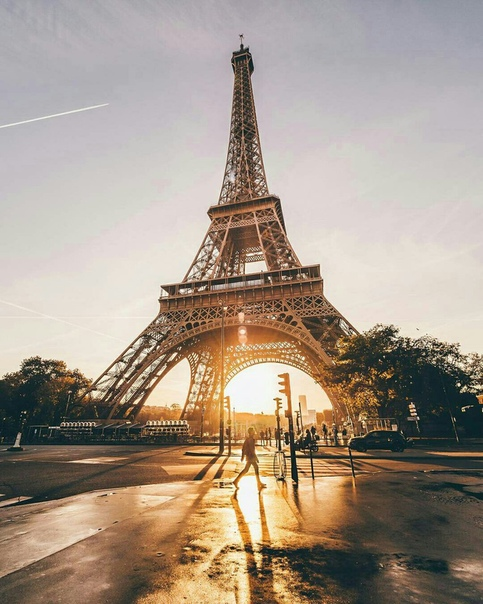 Авиабилеты в Париж от 9000 рублей туда-обратно из Москвы с февраля по май