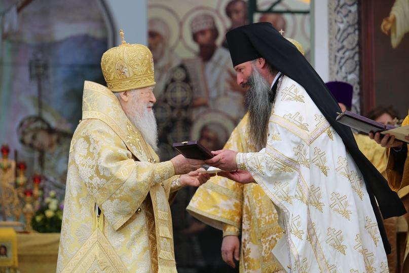 Руководители кинокомпании «Союз Маринс Групп» отмечены высокими наградами Русской Православной Церкви