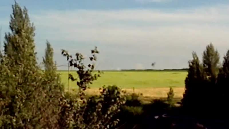 Обстрел Червонопартизанска 19 июня 2014 (3-5 км по прямой от российской границы) :