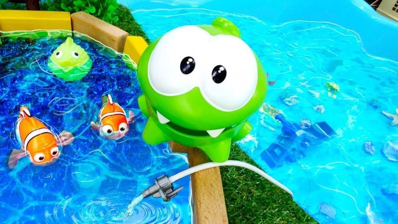 АМ НЯМ строит бассейн - Приключения Ам Няма. Смешное видео для детей