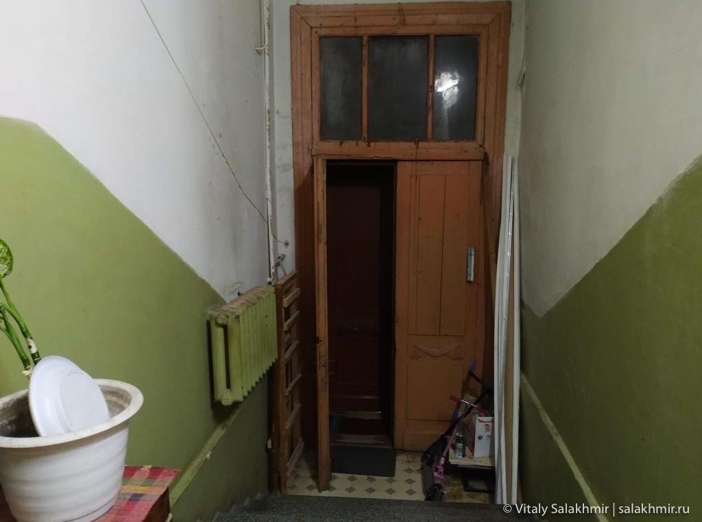 Подъезд в старом доме, Самара