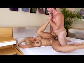 Moriah Mills - Super Bubble Butt Star Moriah Mills [порно, трах, ебля,  секс, инцест, porn, Milf, home, шлюха, домашнее, минет